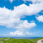 沖縄最北端「辺戸岬」で、ロングドライブの果ての絶景を楽しむ