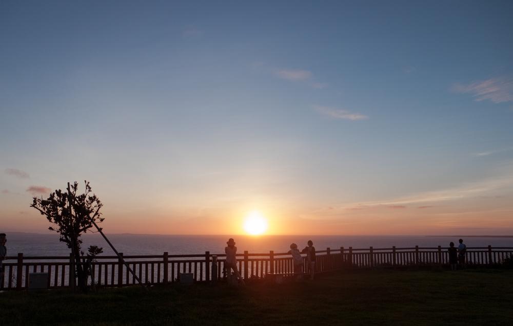 知念岬からの日の出