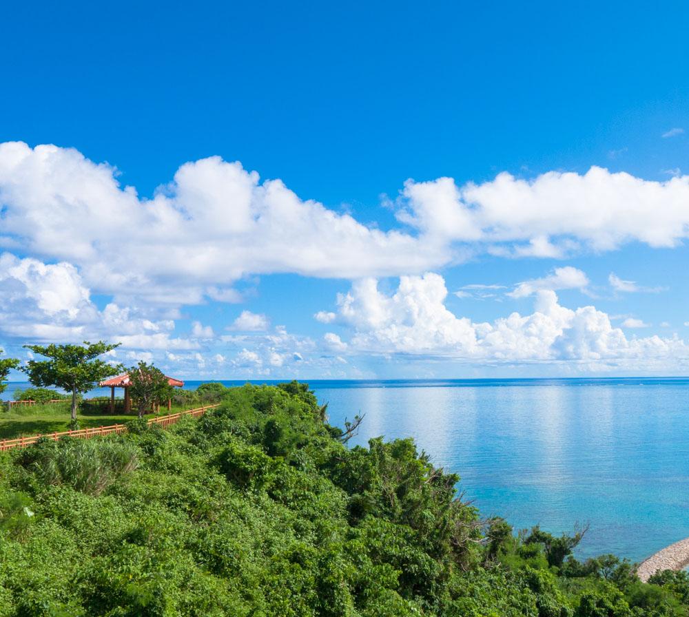 知念岬からの風景