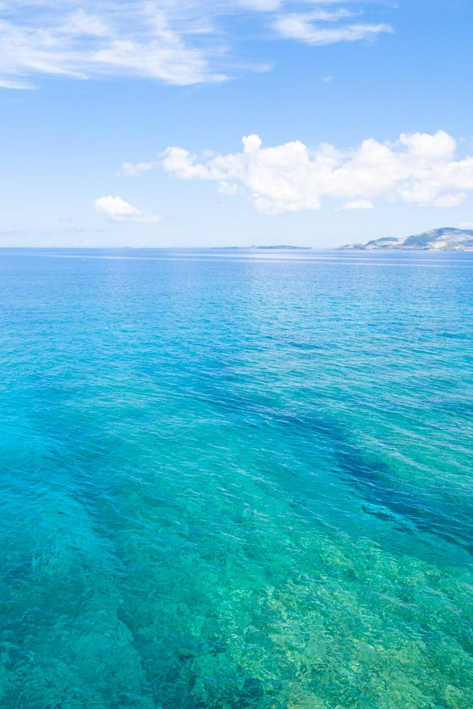 名護まで見渡せる海
