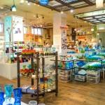 琉球ガラス村 – 沖縄最大級のガラス工房!お土産探しもガラス作り体験も。