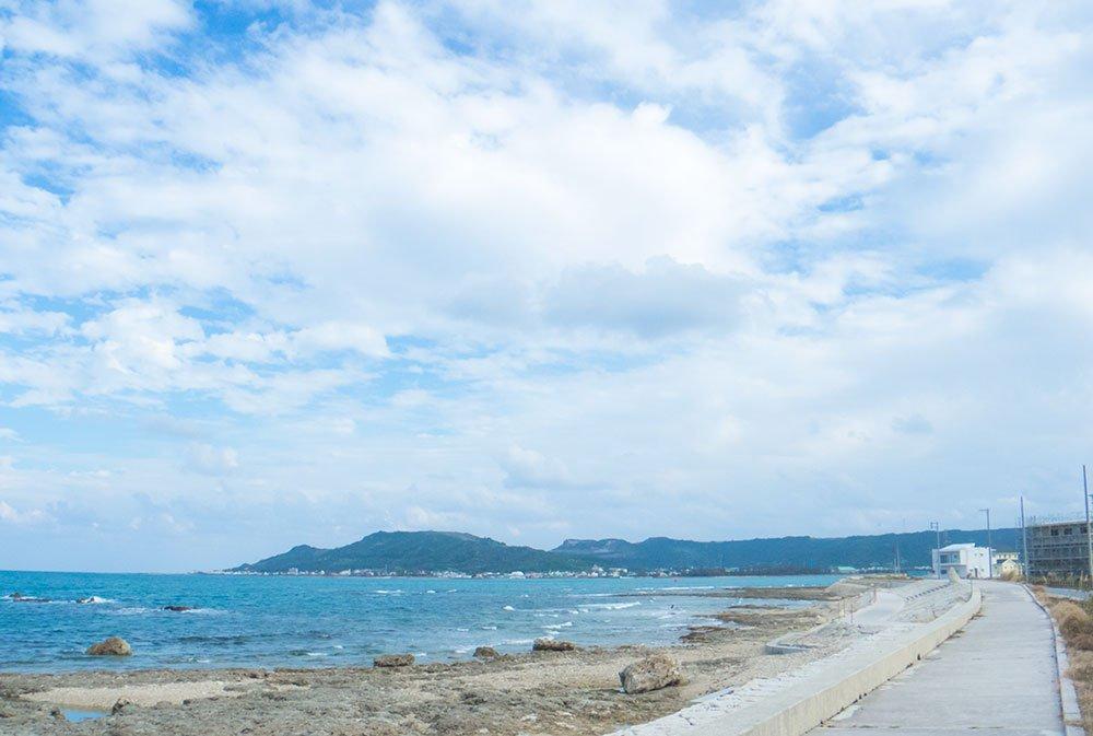 食堂APOLLO前の海