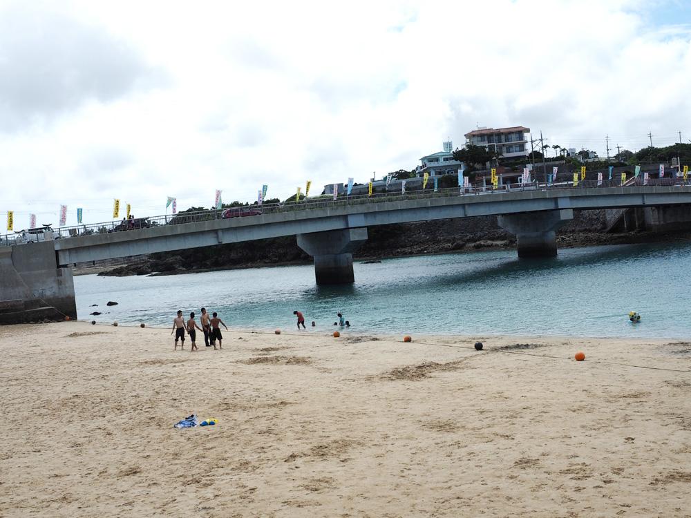 奥武島のビーチ