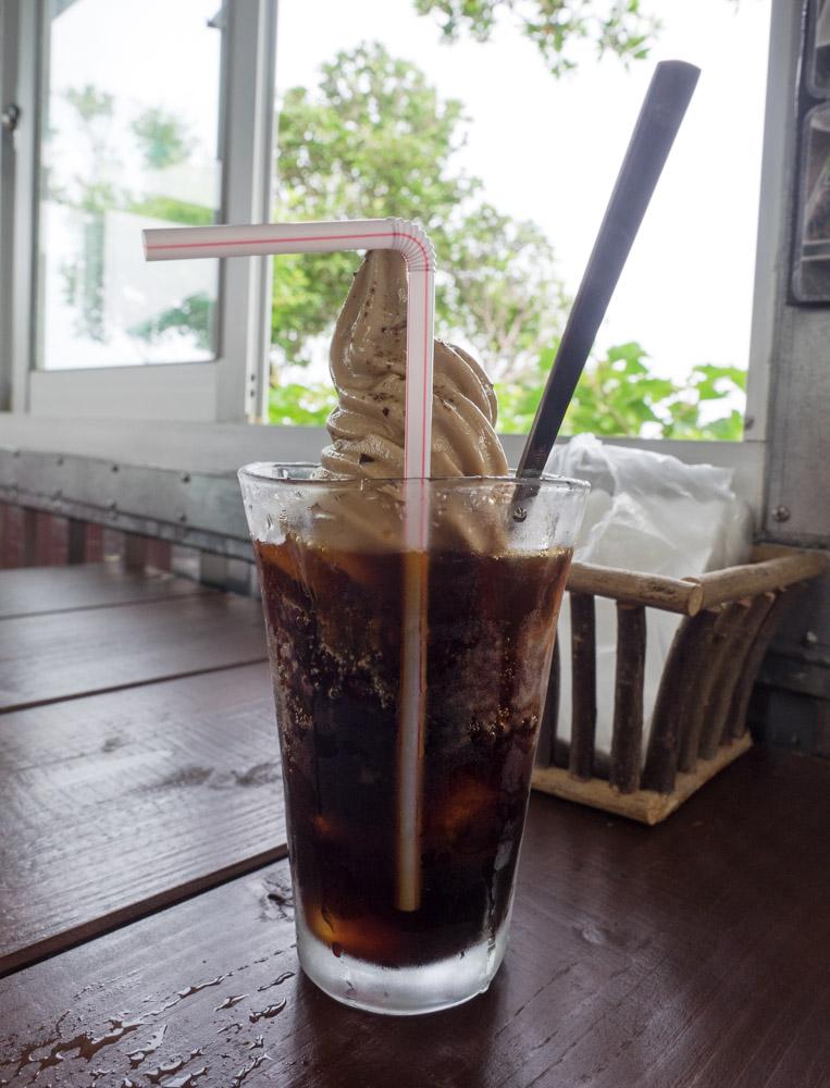 黒糖フロートを注文