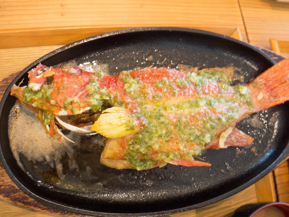 糸満漁民食堂の魚の定食