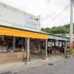 ゆるスポット「もとぶ町営市場」- カフェラテとマンゴースムージーが美味しかったです