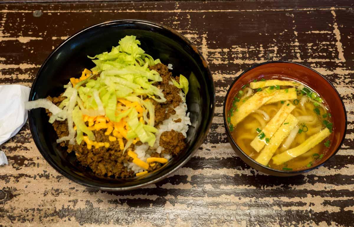 タコライス丼ミニそばセット
