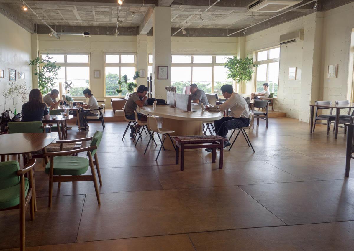 宜野湾のカフェユニゾン