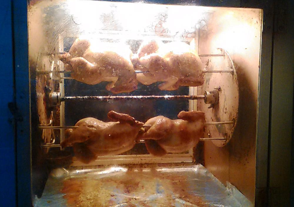 チキンの丸焼きが買える