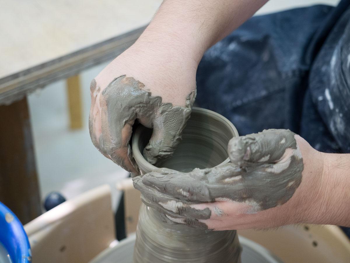 アバーン陶芸教室でろくろ体験