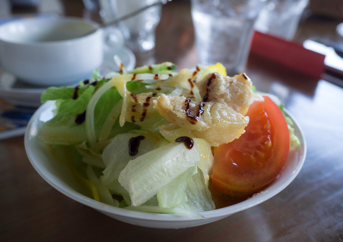 白身魚とゴーヤのサラダ