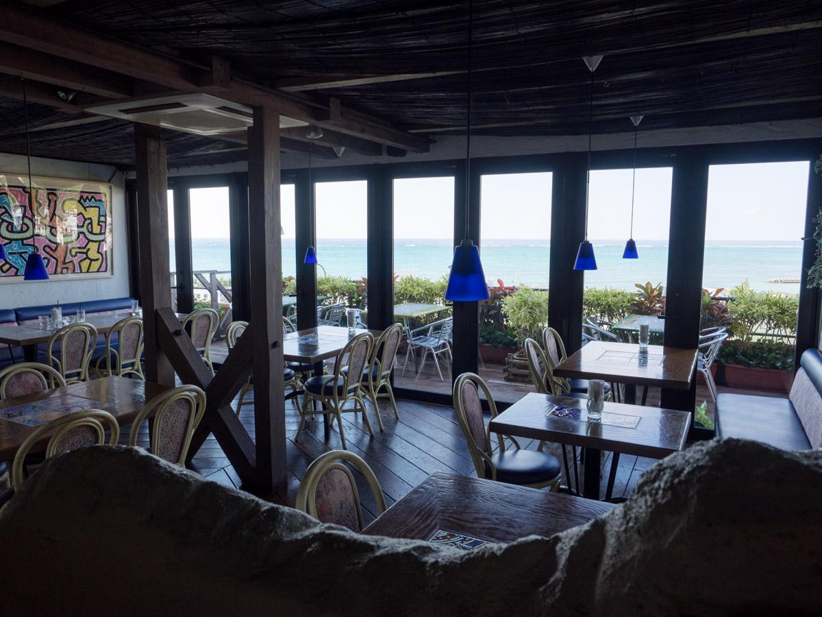 海がみえるカフェ