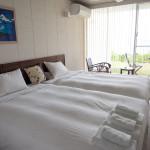 浜比嘉島に佇む、大人の隠れ家ホテル「413はまひが」