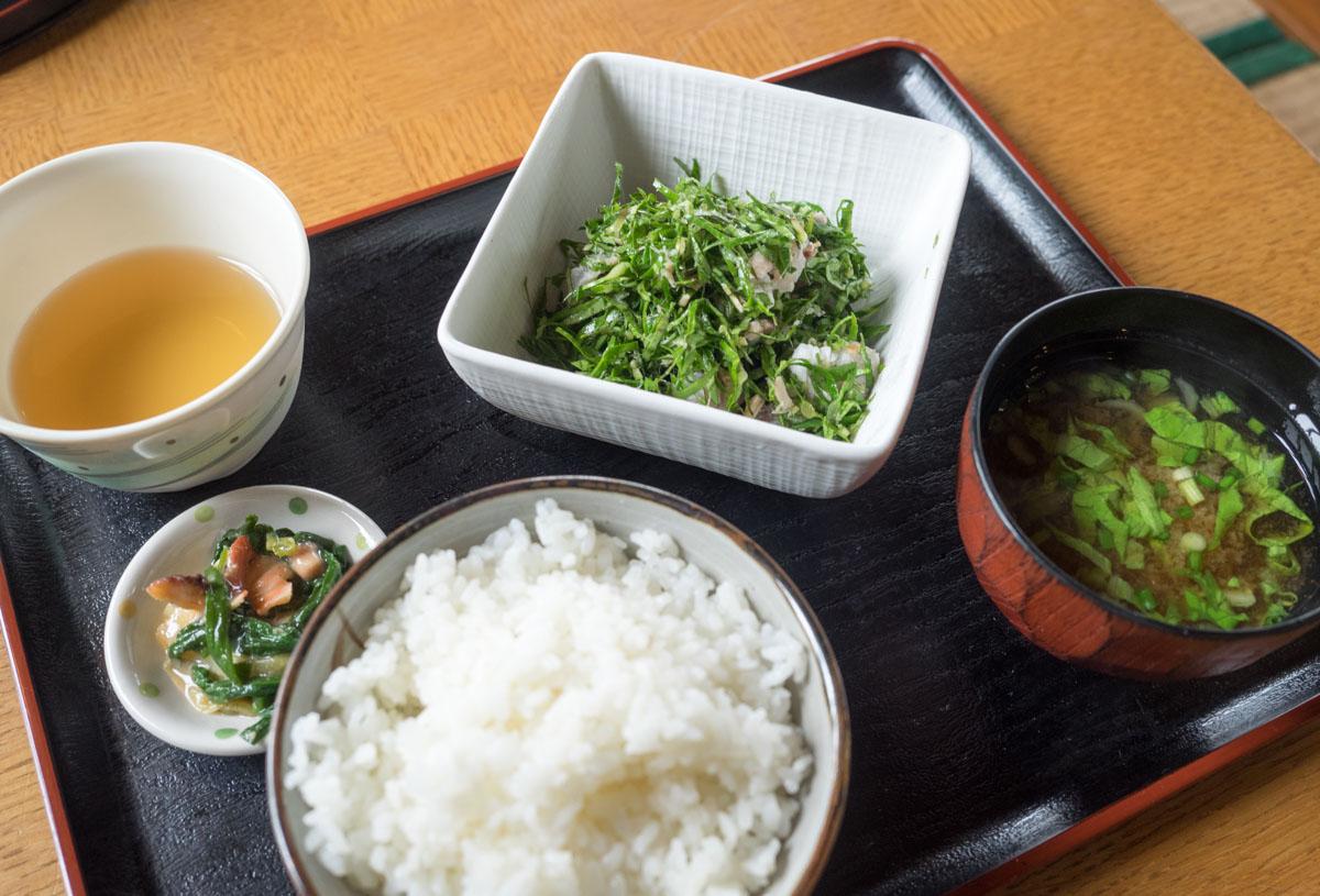 ニガナ定食