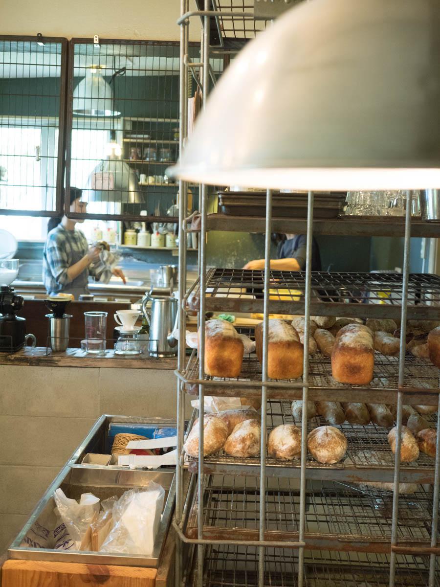 パンの販売コーナー