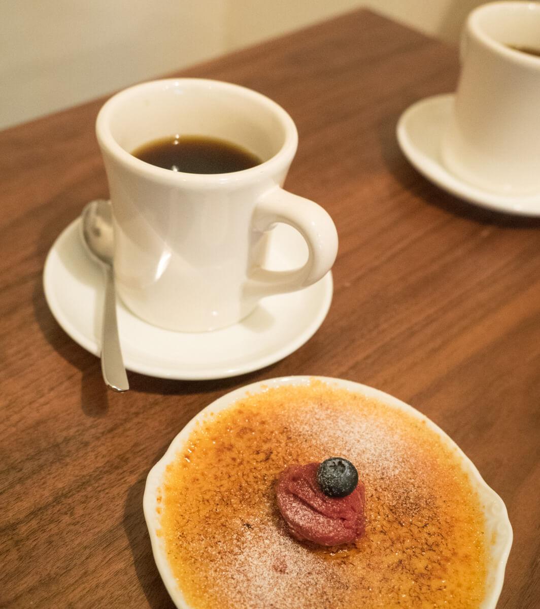 ドリップコーヒーとクレームブリュレ