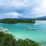 「川平湾」へ絶景を見に行く。石垣観光の定番スポットは、伊達じゃない美しさ