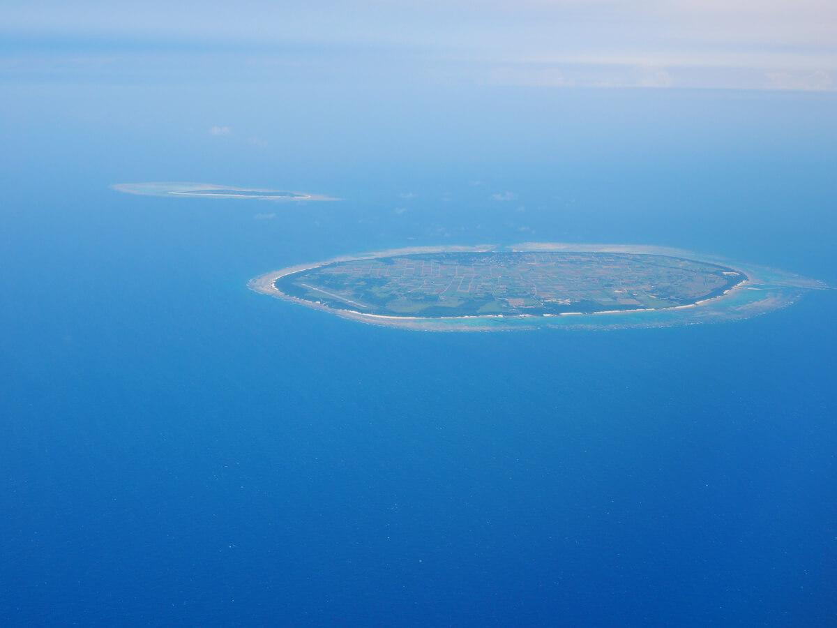 どこかの島