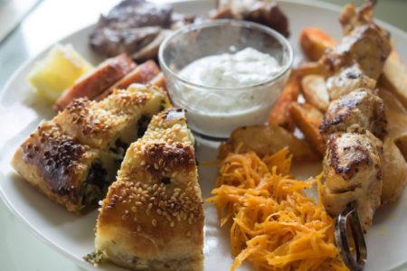 ギリシャ料理のリトルグリークキッチン