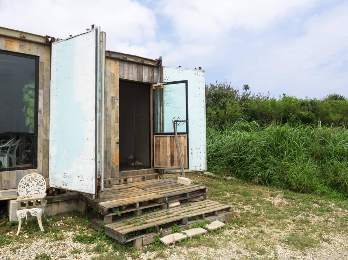 伊計島のコンテナハウス