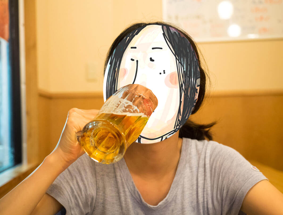 海人居酒屋 源 総本店でビールを頼む