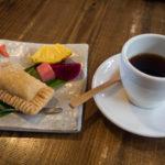 東村のカフェ「カナンスローファーム」へ。やんばる素材を使ったデザートが美味しいです