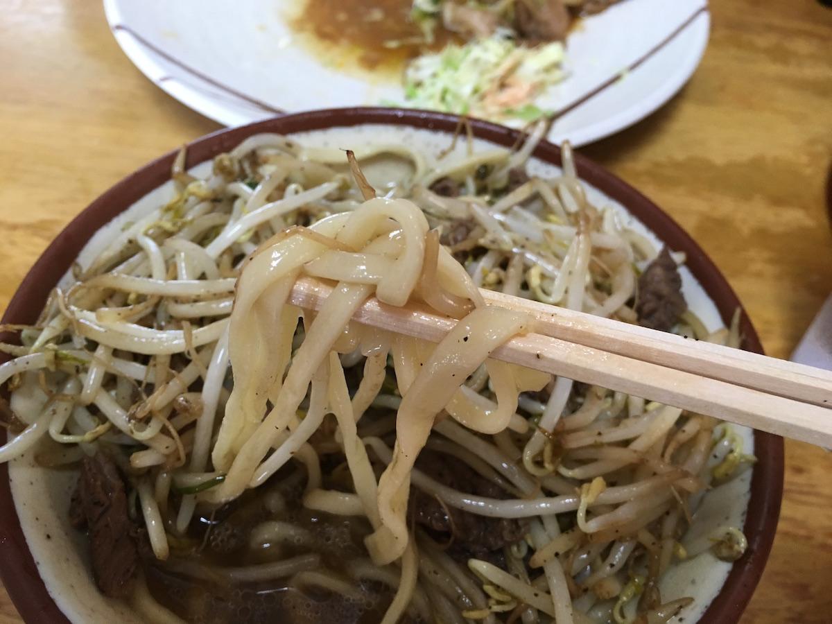 前田食堂の沖縄そば