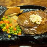 沖縄市 泡瀬、「レストラン国」のジューシーなステーキを堪能!