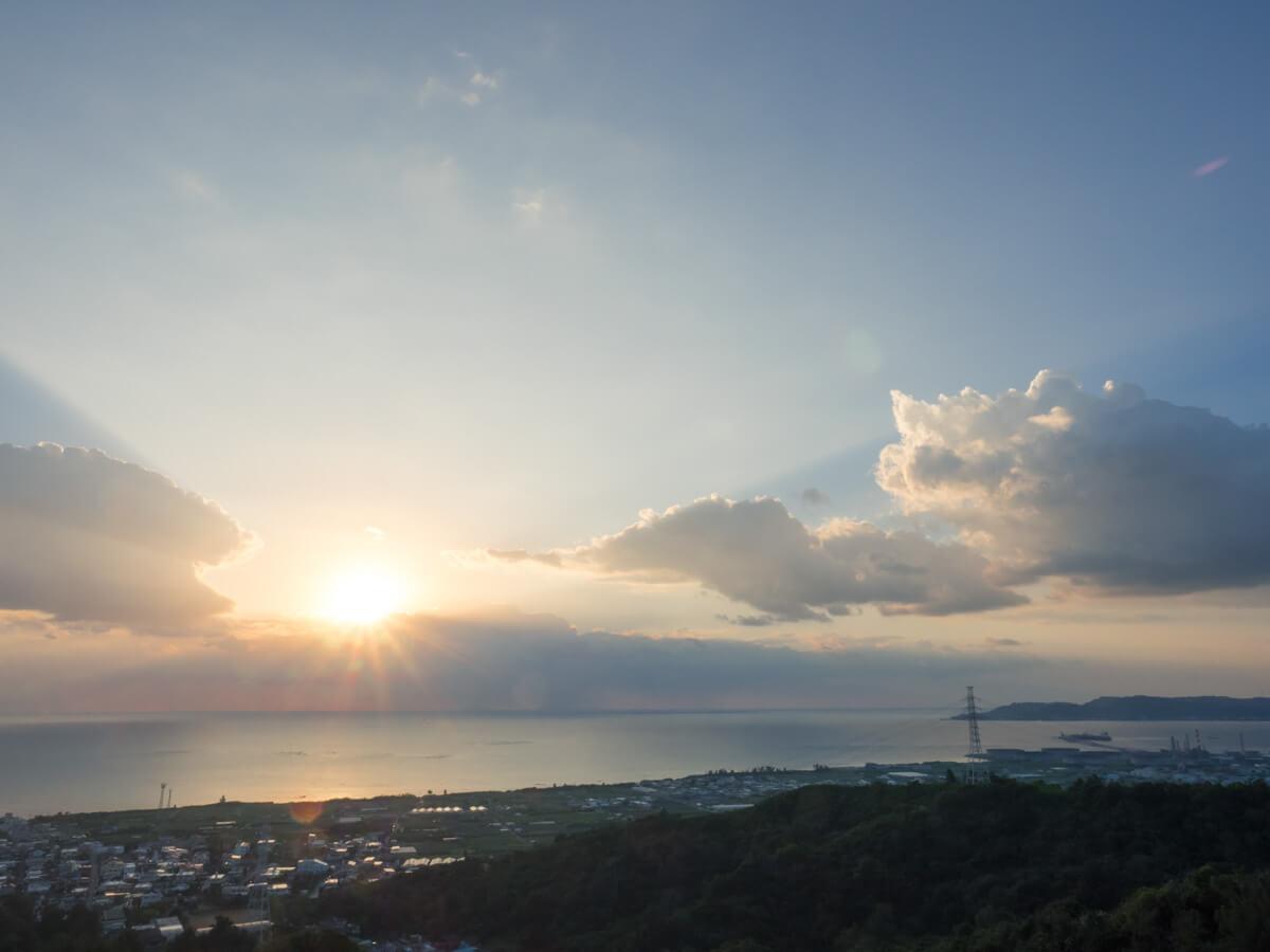 中城からの朝日