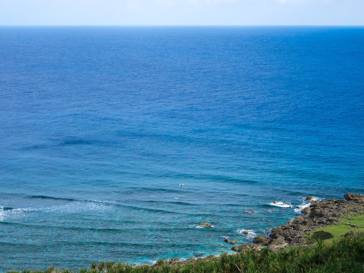 東崎から見下ろす海