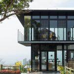 名護城公園ビジターセンター「Subaco(すばこ)」でサクラを満喫。名護湾を見渡す、セレクトショップ&カフェ