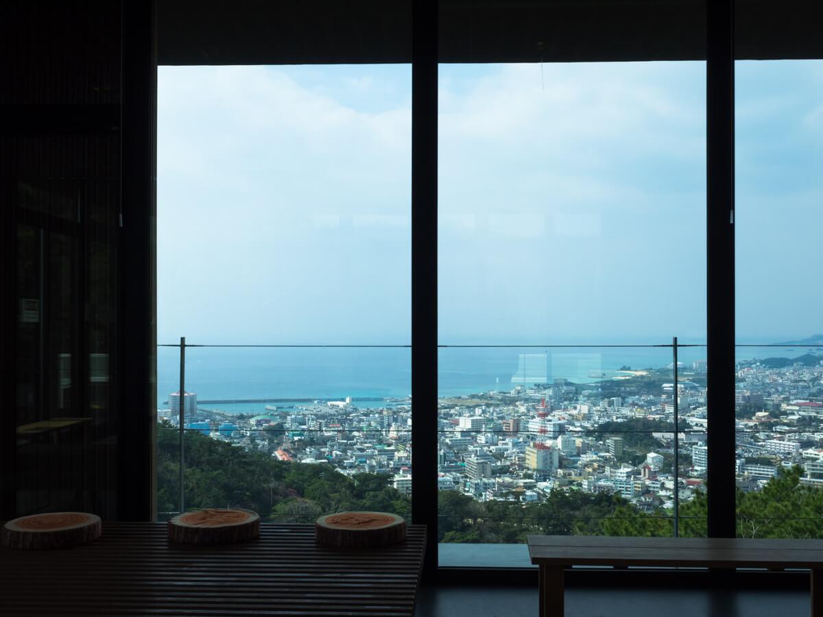 名護城公園のカフェからの景色