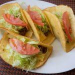 タコス専門店「メキシコ」で食べる、シンプルでおいしいタコス
