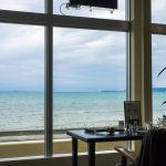 海中道路すぐ。オーシャンビューカフェ「ゆくれれ」でワンコインのモーニングタイム