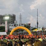沖縄市・コザの一大イベント「沖縄全島エイサーまつり」見て、食べて、飲んで、大盛り上がり!