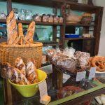素朴なハード系パンがおいしい!八重瀬町のパン屋さん「内田製パン」