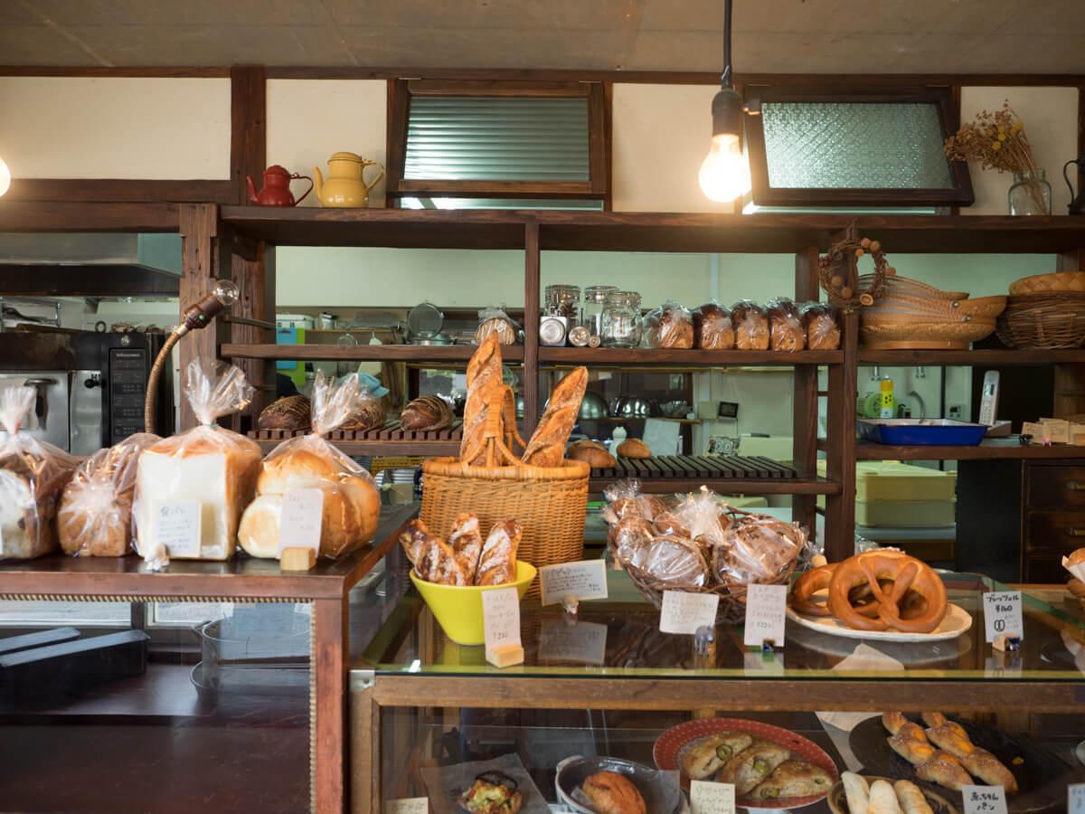 八重瀬町のパン屋