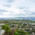 伊江島タッチューで15分の爽やか登山。頂上ではパノラマ絶景が待っています