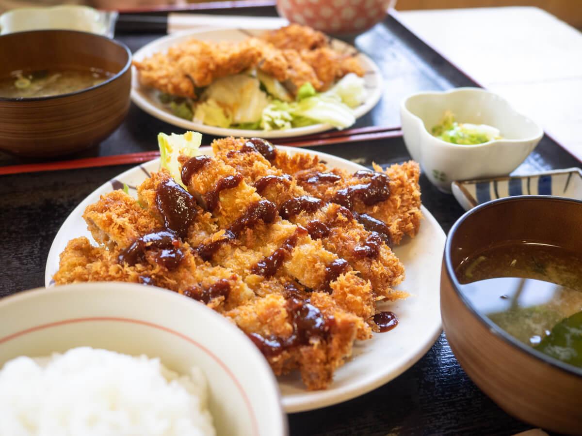 紀乃川食堂とんかつ定食